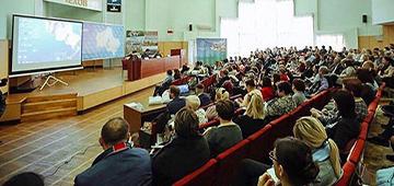 Регулярно проводим семинары и круглые столы по актуальным вопросам совместно с ГИТ, Ростехнадзором, Росприроднадзором и другими контролирующими органами